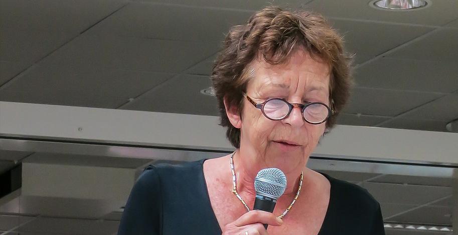 Velen van ons groeiden op met schrijfster Renate Dorrestein