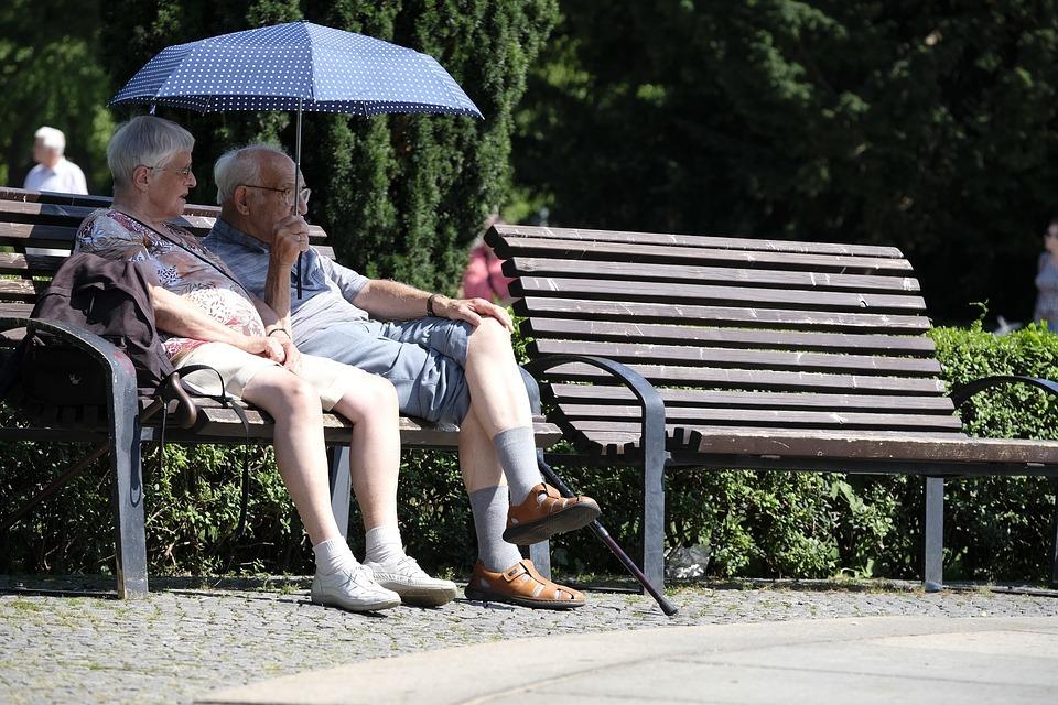 Hoe bespreek je met je ouders de consequenties van het ouder worden?