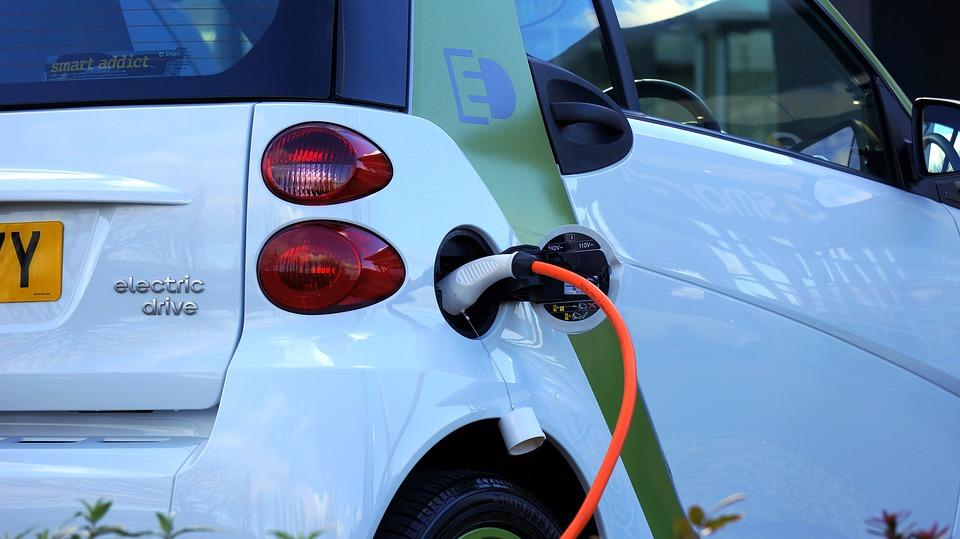 Elektrisch rijden: veel interesse, maar nog weinig verkocht